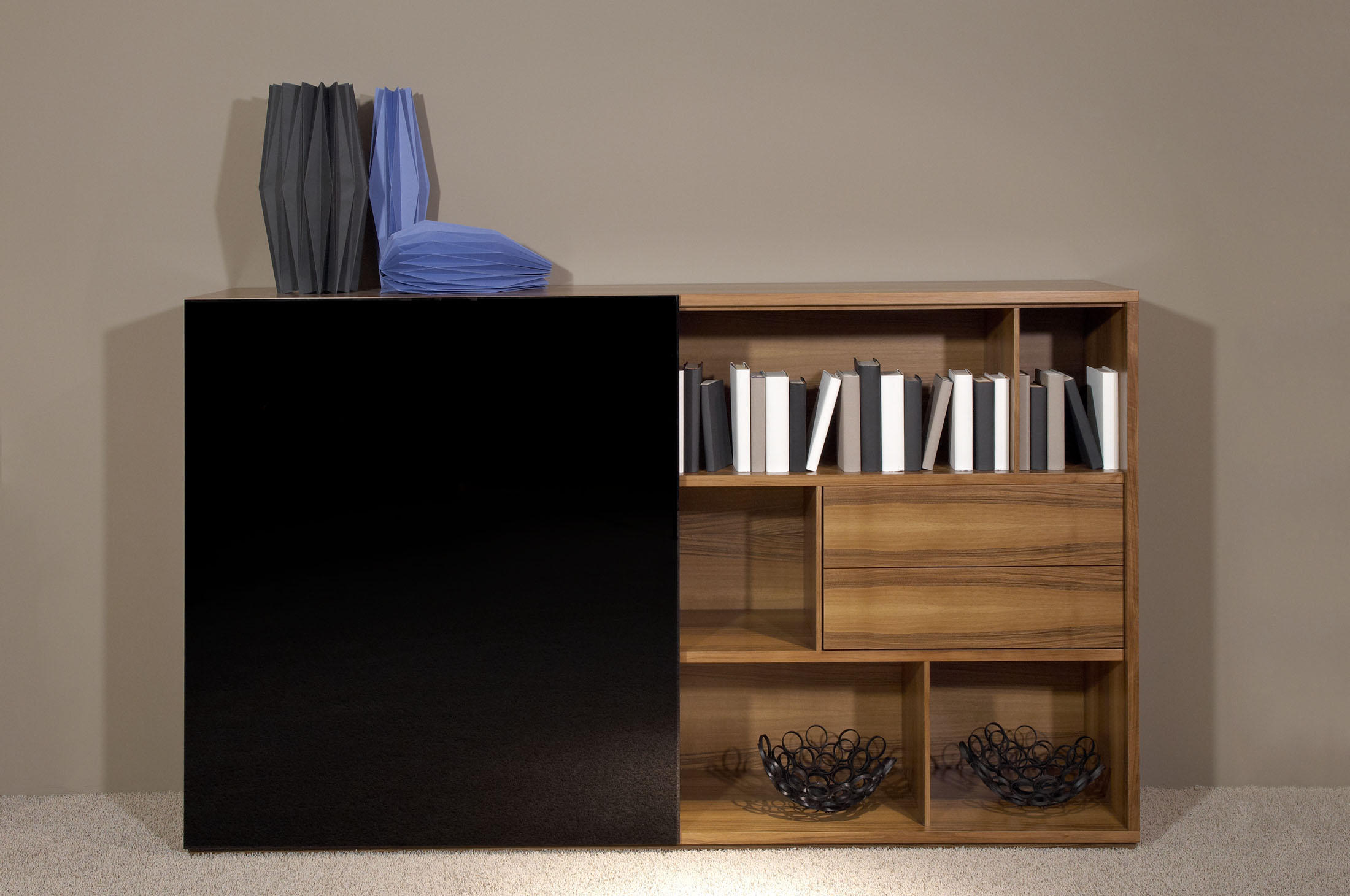 Lowboard Nussbaum Schwarz Rooming Walnut Black Sideboards From Die Collection Architonic