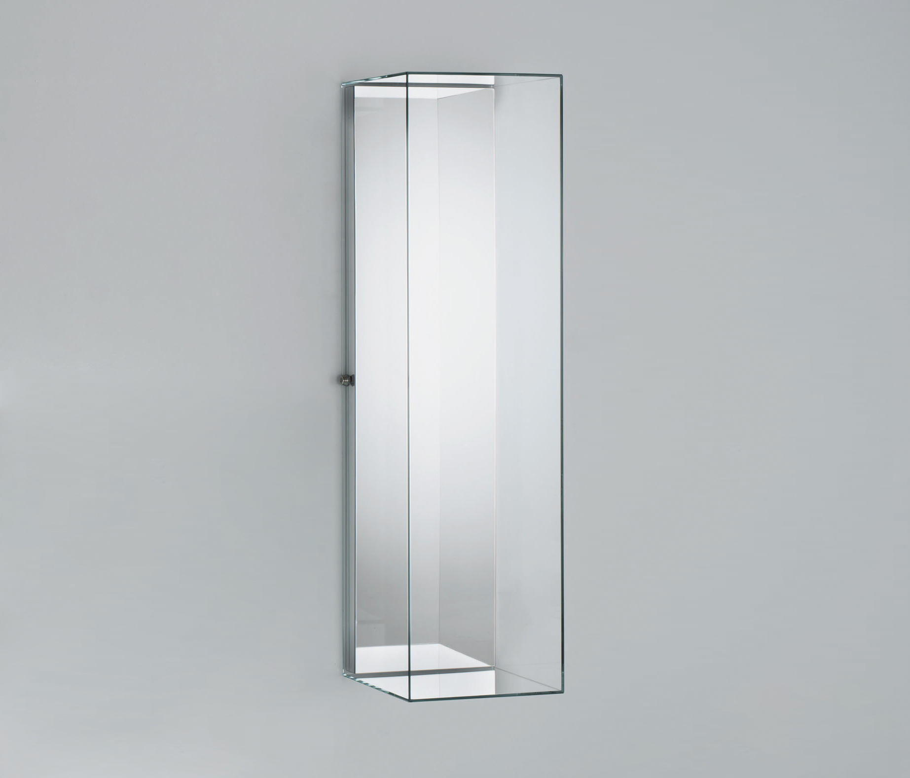 Display Glas Heigh Ho Display Cabinets From Glas Italia Architonic