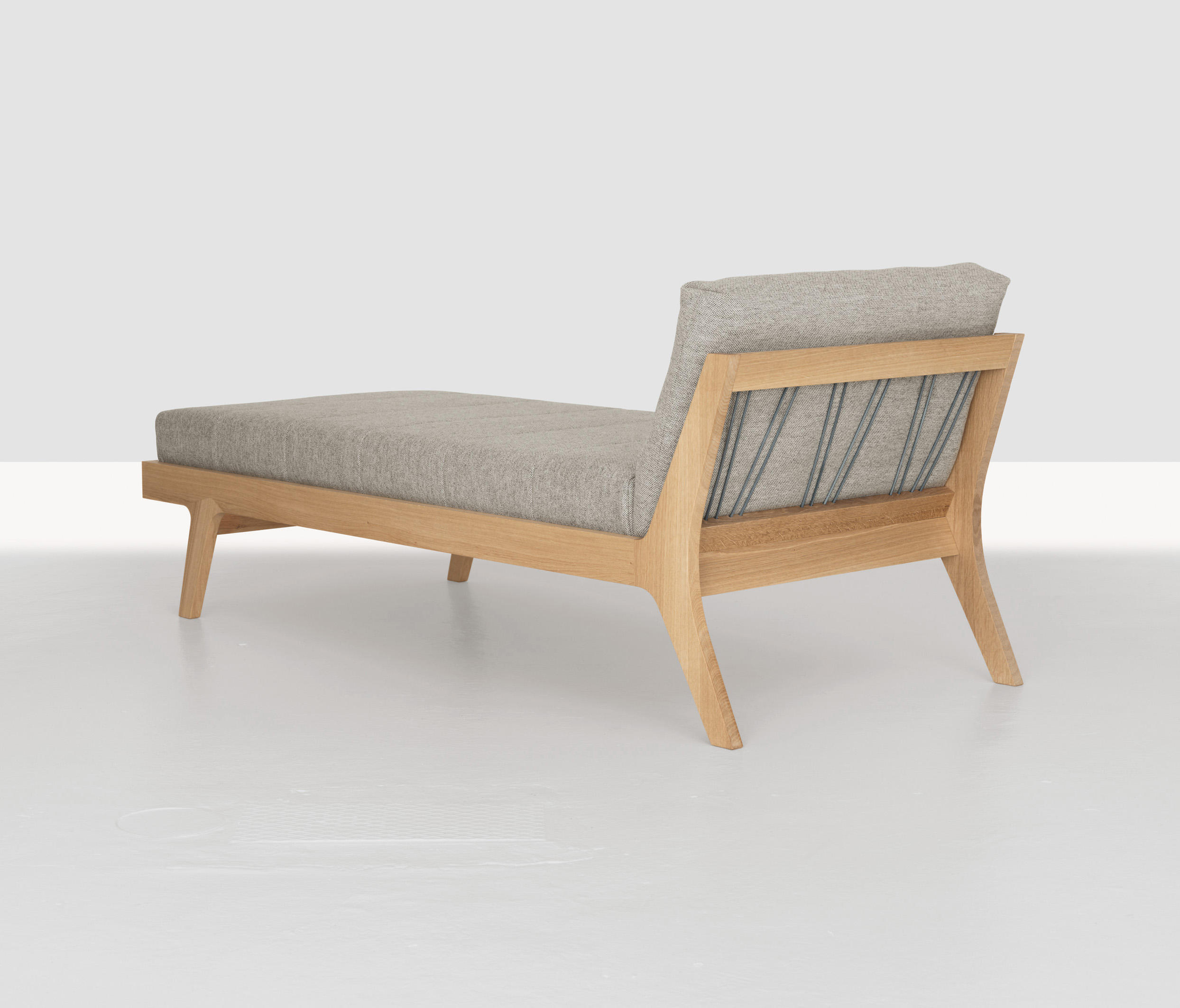 Kopfkissen Mellow Comfort Mellow Daybed Day Beds From Zeitraum Architonic
