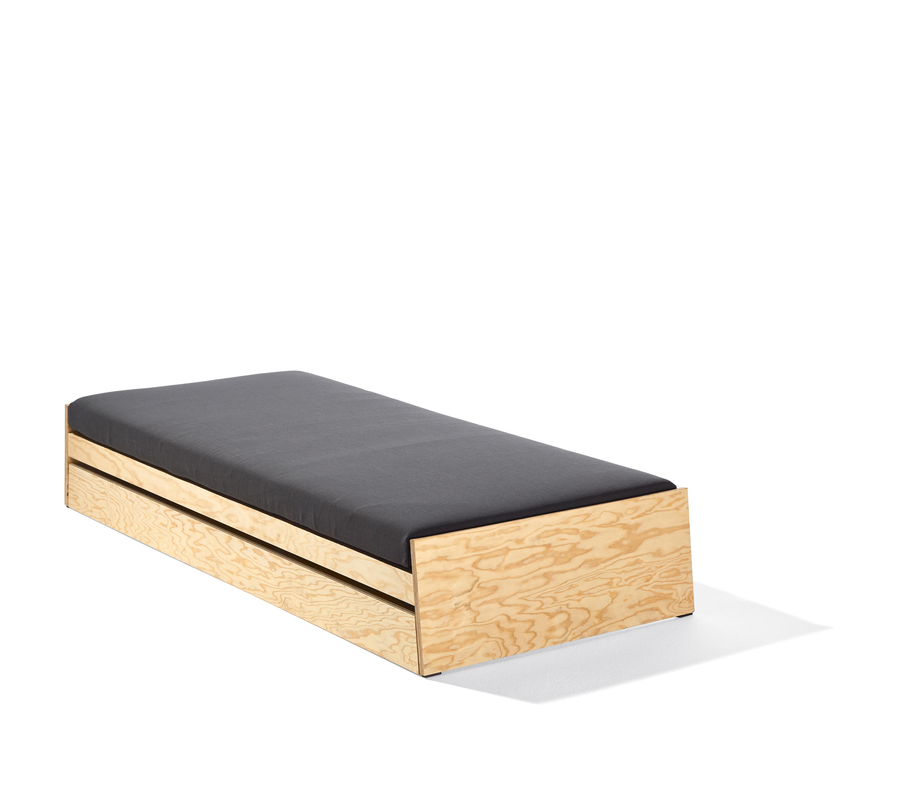 Childrens Beds With Pull Out Bed Underneath LÖnneberga Bed Kids Beds From Richard Lampert Architonic