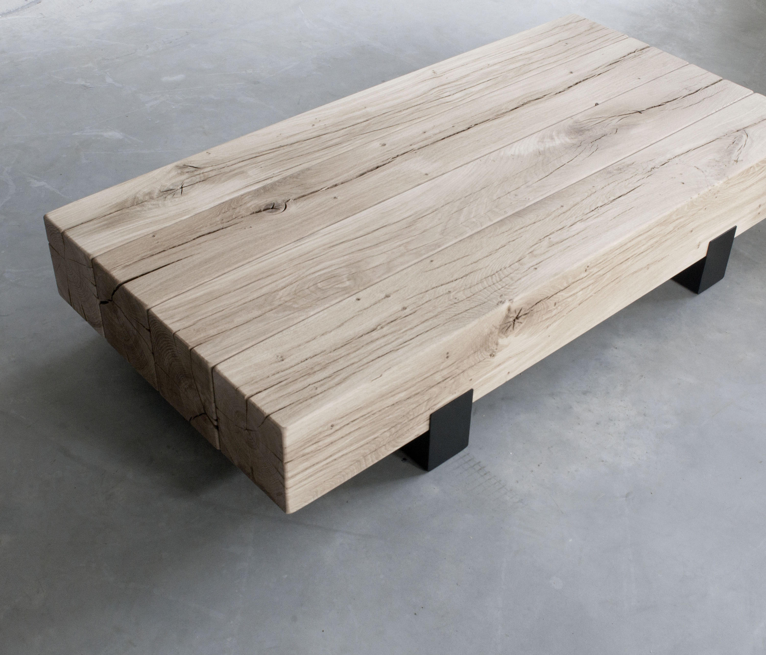 Couchtisch Montain Oak Beam Coffee Table Coffee Tables From Van Rossum Architonic