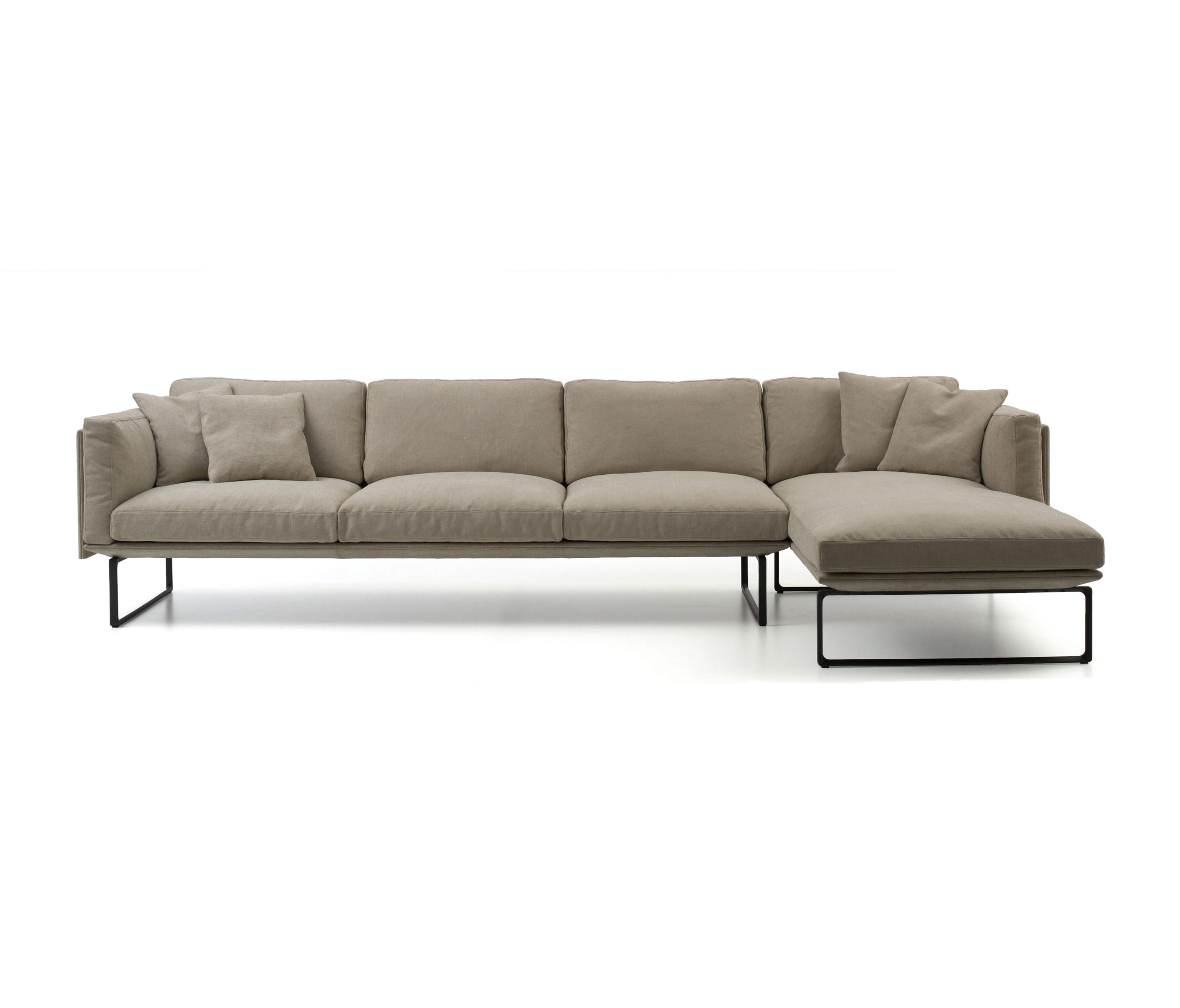Piero Lissoni Modular Sofa 202 8 Sofas From Cassina Architonic