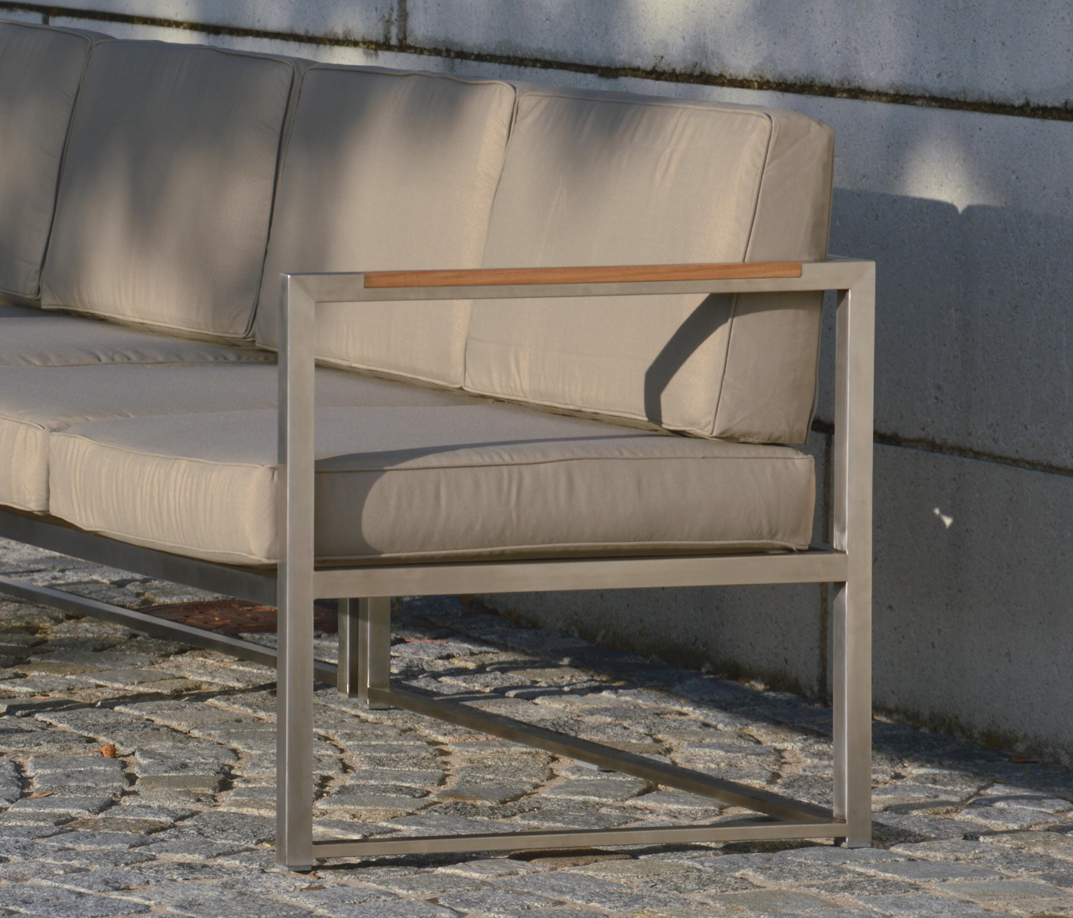 Lounge Sofa 2 Sitzer Outdoor Lux Lounge Seat-group & Designer Furniture | Architonic