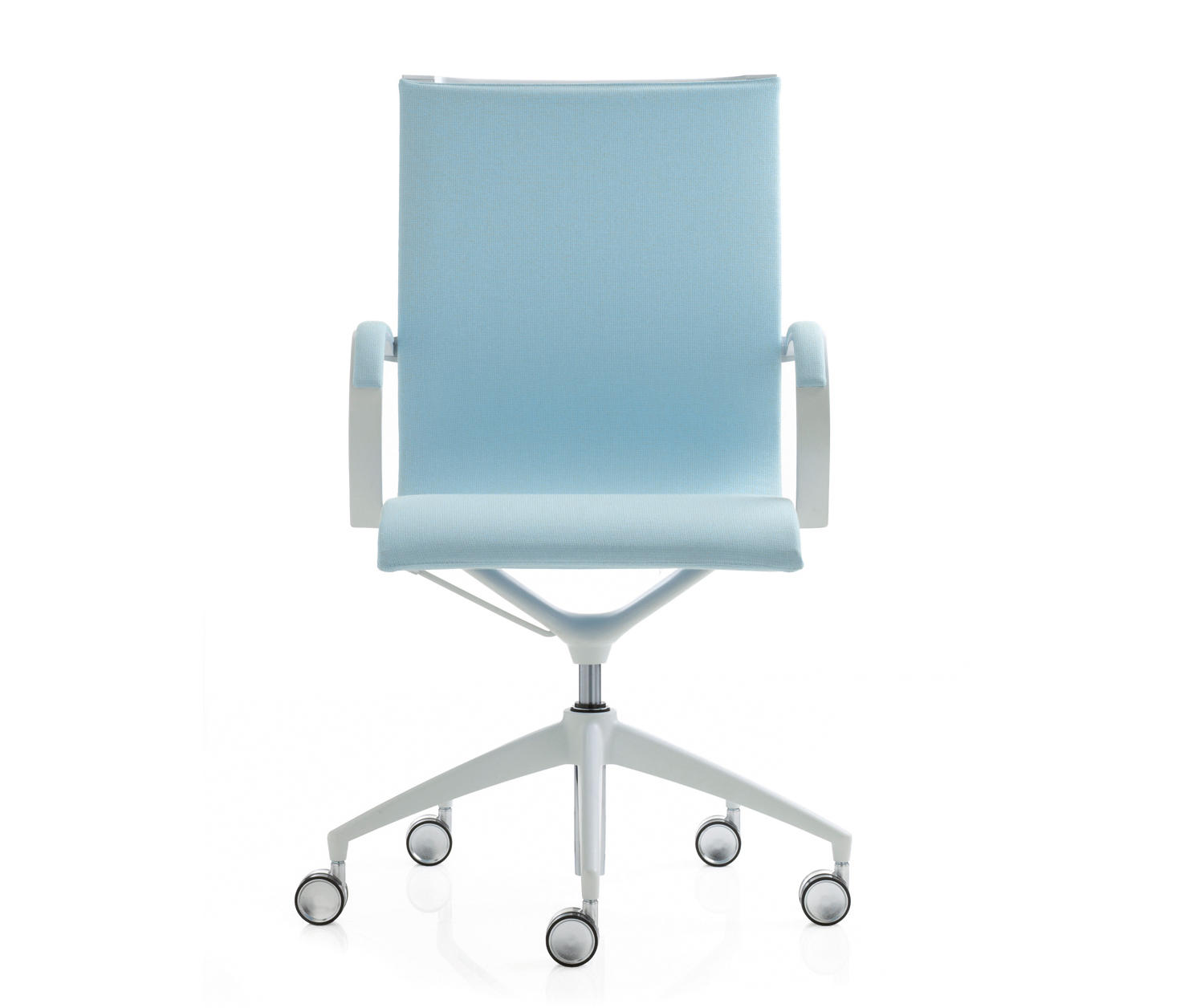 Blue Office Chair Em 202 Light Chaises De Travail De Emmegi Architonic