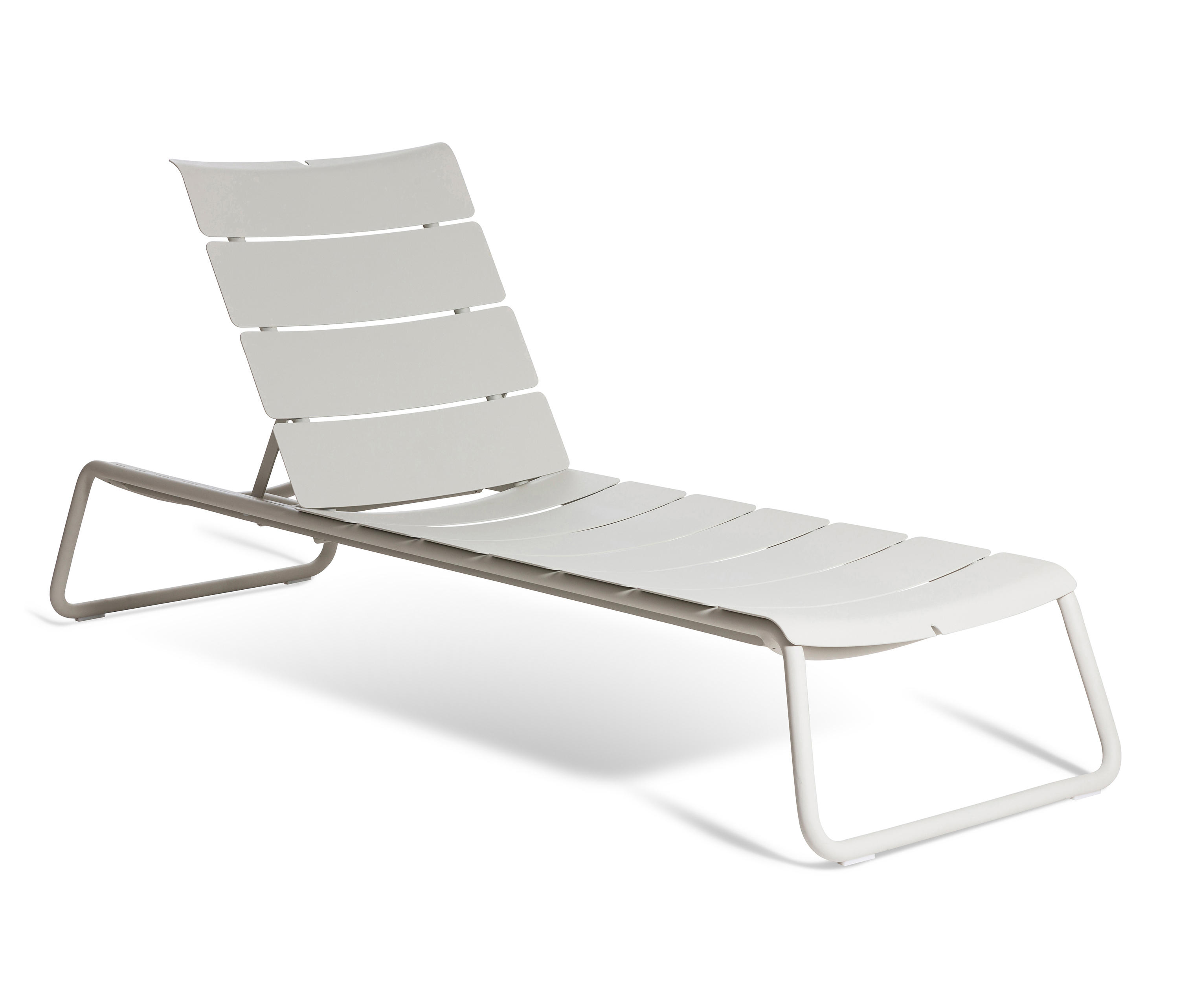 White Plastic Sun Loungers Corail Sun Lounger Sun Loungers From Oasiq Architonic