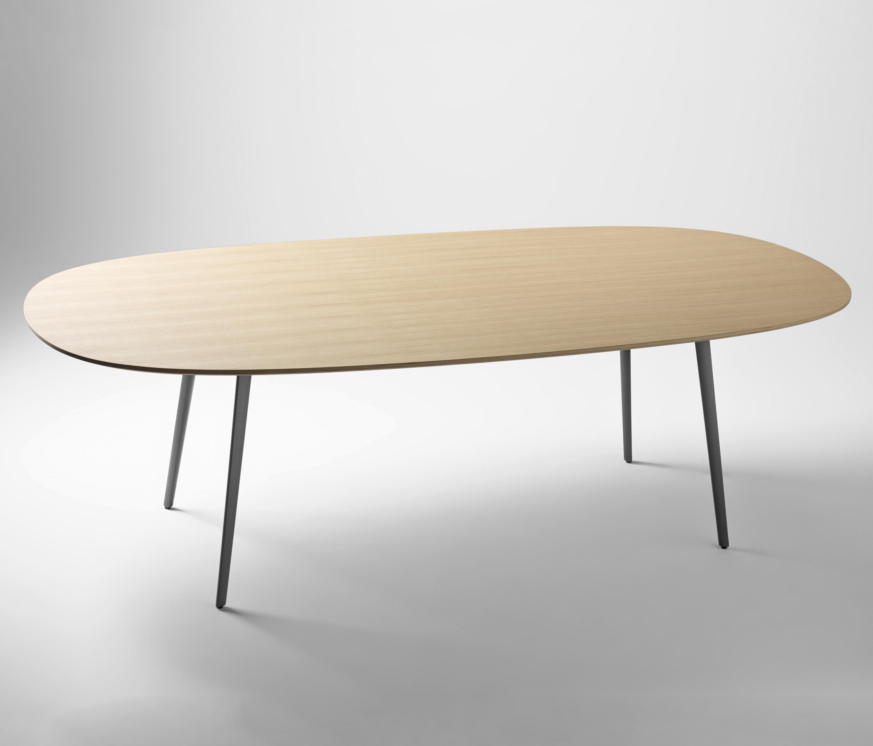 Fly Tables Fly Dining Tables From Sellex Architonic