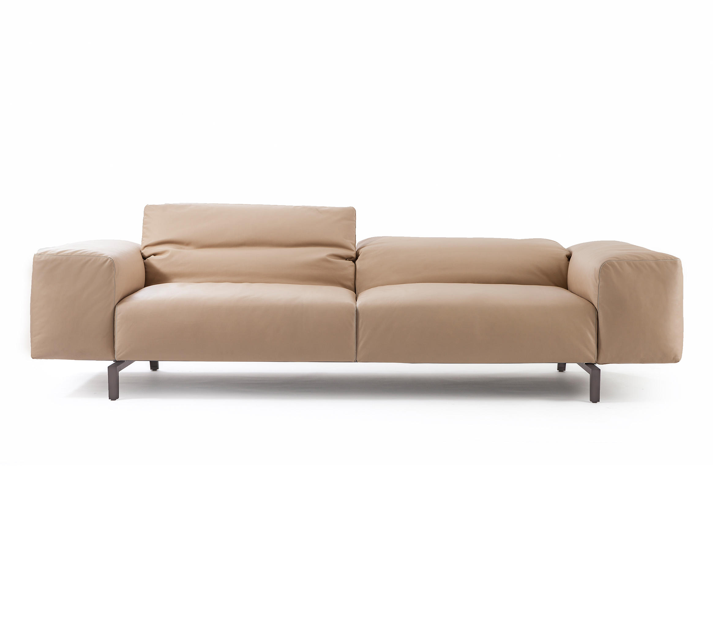 Piero Lissoni Modular Sofa 204 02 Scighera Two Seater Sofa Sofas From Cassina Architonic