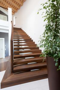 EUROPA COMMERCIAL - Wood stairs from Siller Treppen ...