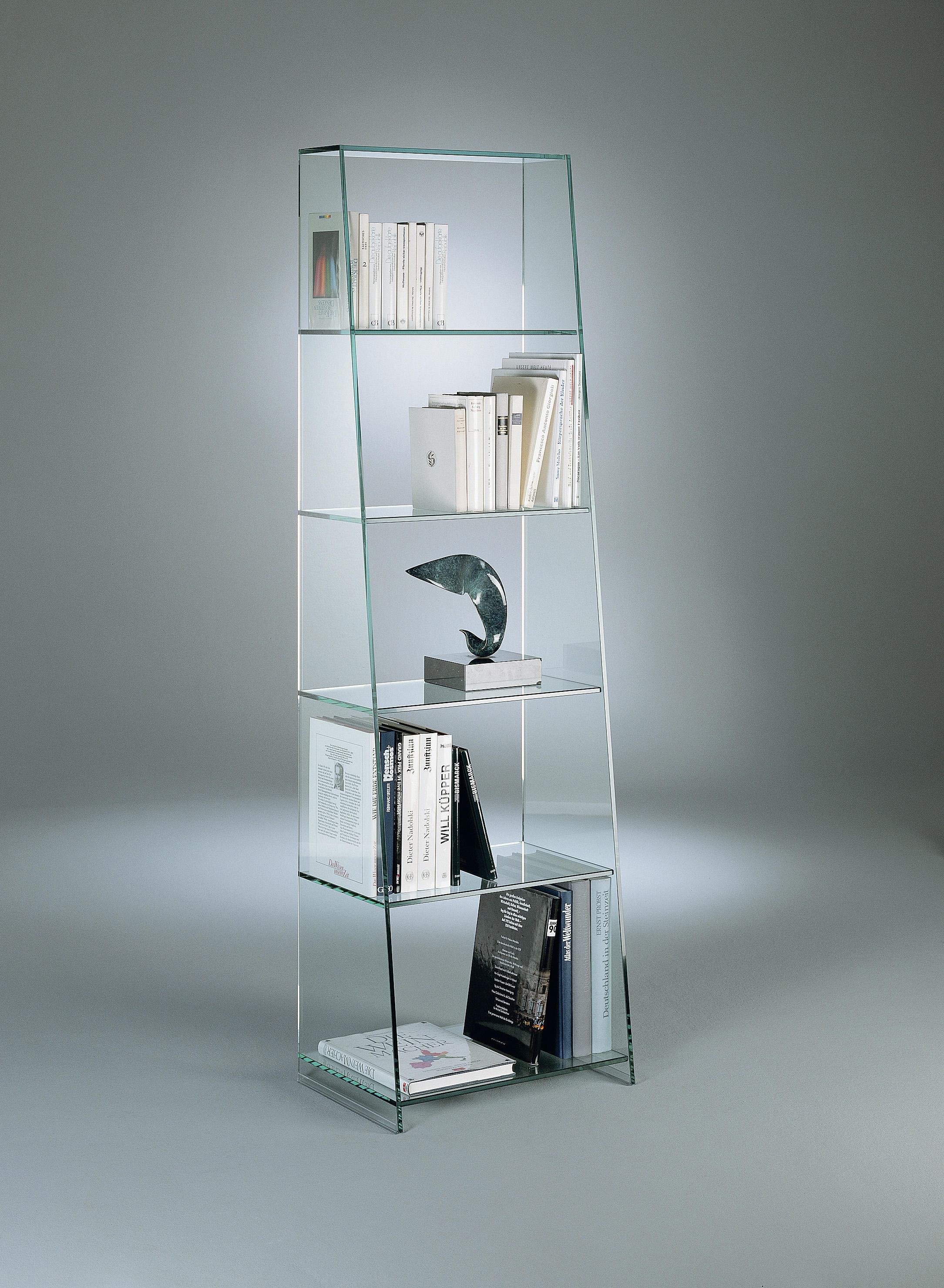 Glasregal 50 X 15 Tourelle Iv Sb Shelving From Dreieck Design Architonic