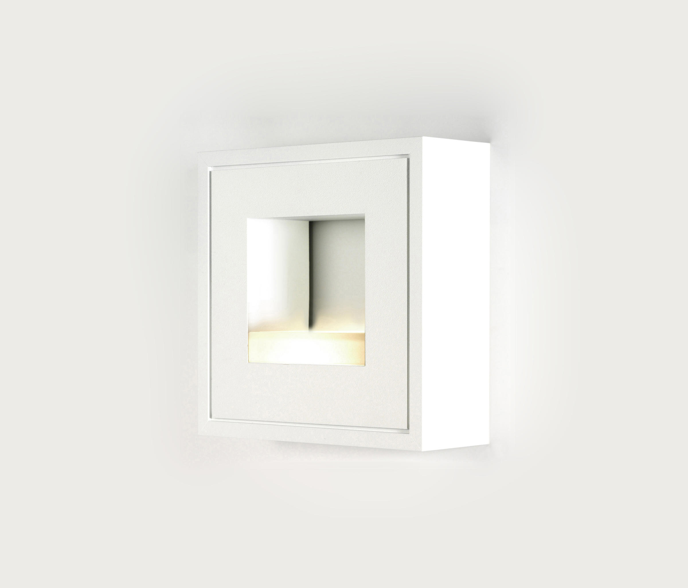 Led White White Line Wall Led 4w Wall Lights From Pvd Concept Architonic