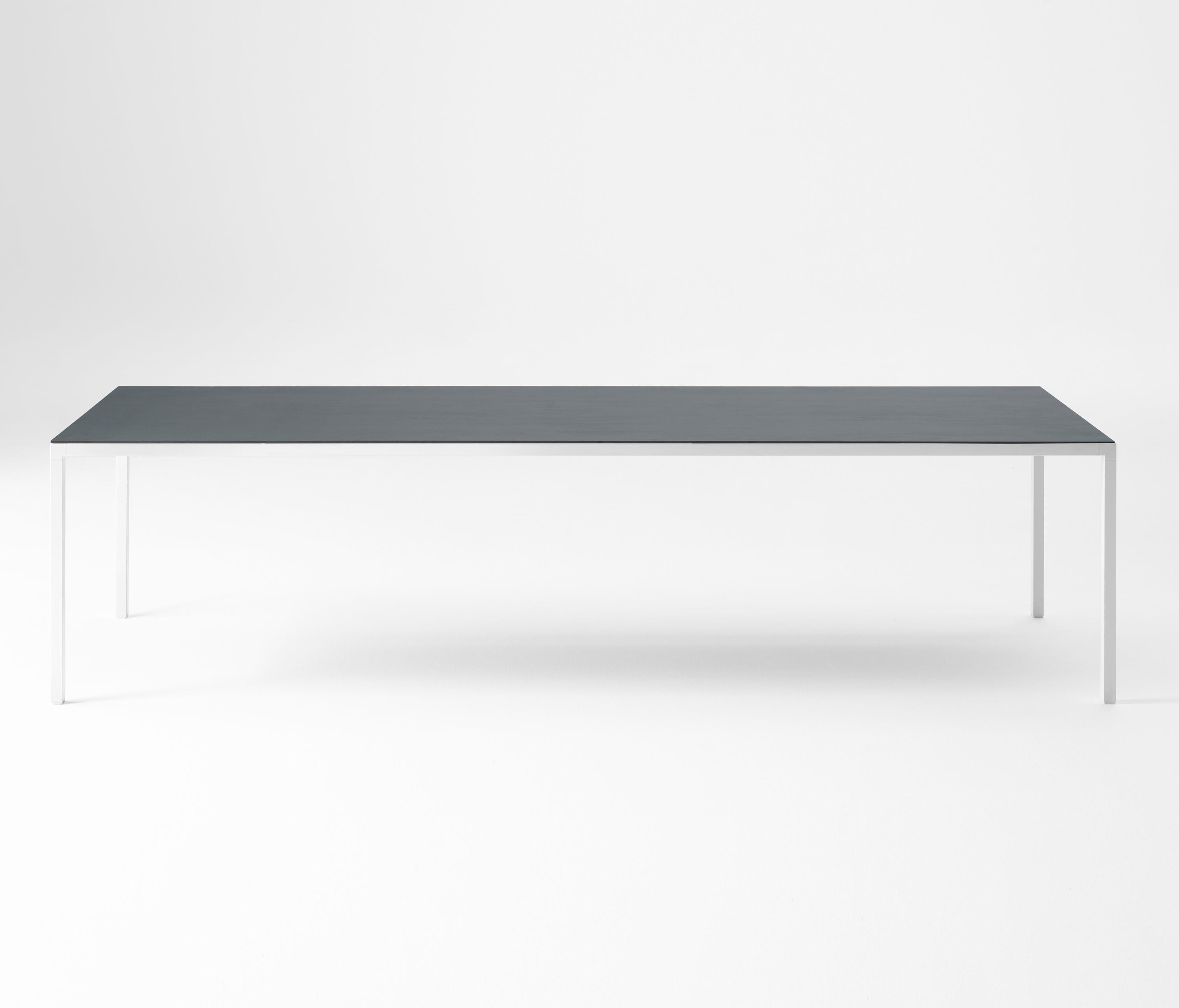 Desalto Tisch Helsinki Table Tables De Repas De Desalto Architonic