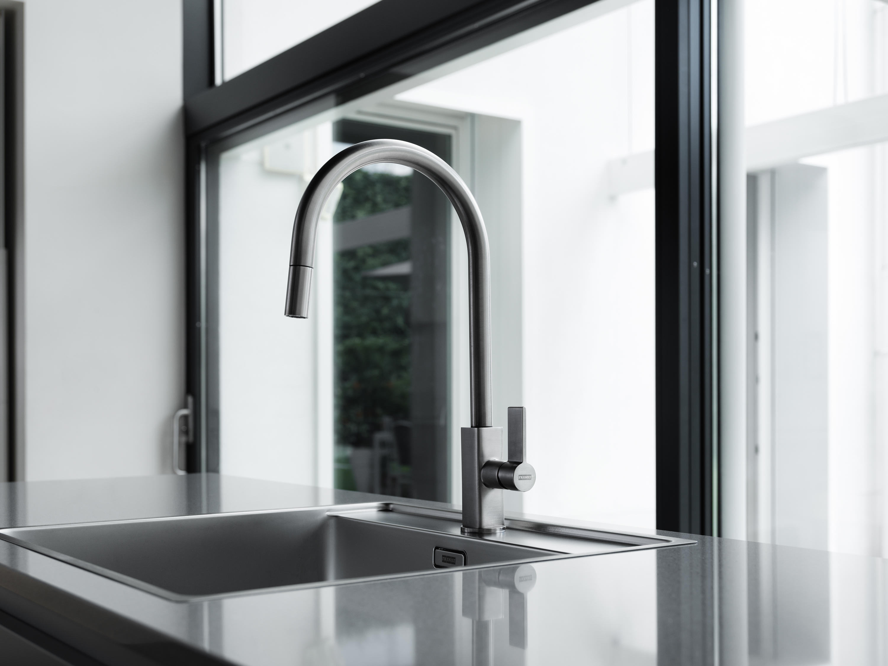 Maris Tap Pull Down J Version Chrome Architonic