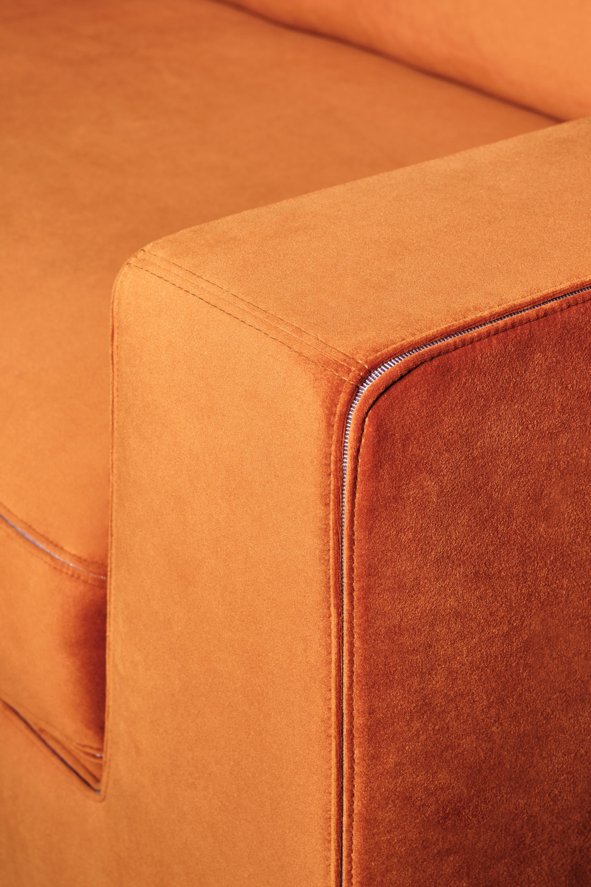 Sofa Veloursleder Nelson Sofa - Sofas From Christine Kröncke | Architonic