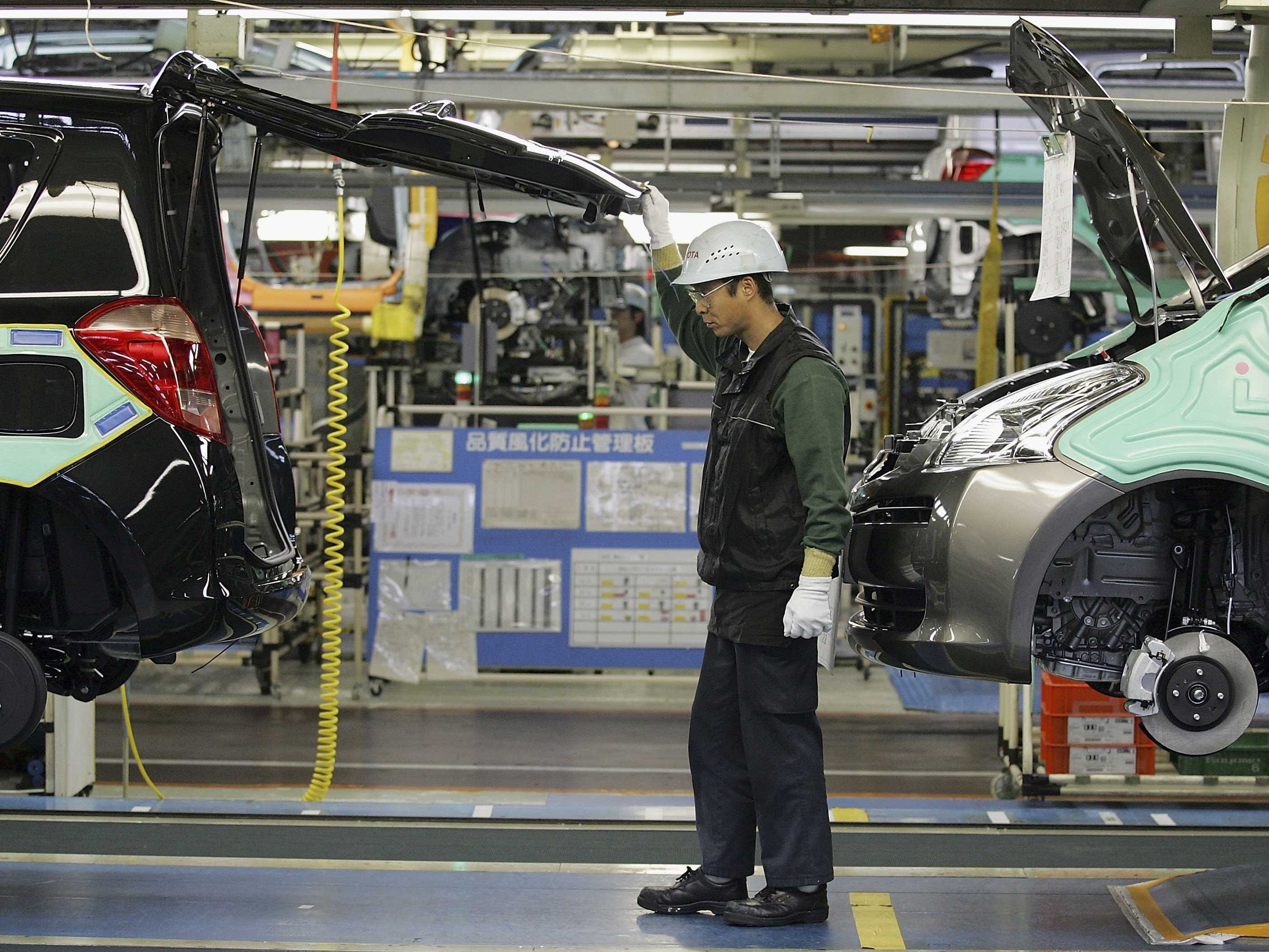 Vehicle Manufacturers In Japan The Crashing Yen Is Boosting Japanese Manufacturing