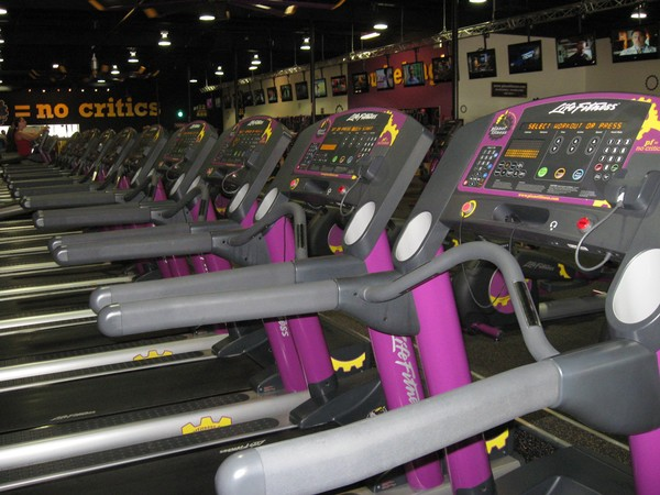 Planet Fitness rises as ideal place for newbies to land Stretching