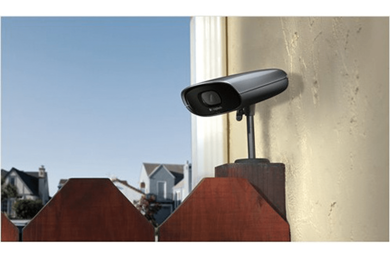 Camera Surveillance Exterieur Darty Logitech Alert 700e Alert700e 1276301 Darty