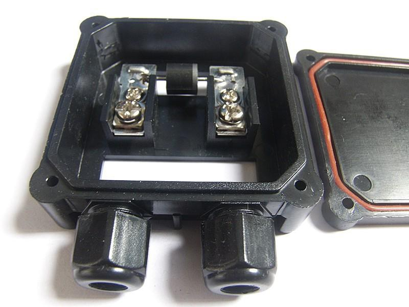 Factory Price Solar Junction Box With 10a Diode Tuv Pv Junction Box For Low Power Pv Panel
