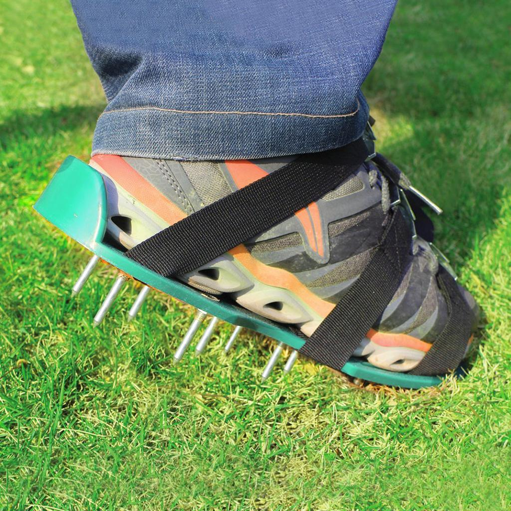 Grass Aerator Garden Grass Spikes Metal Nail Construction Industry Scarifier Lawn Aerator Shoes With 3 Adjustable Straps