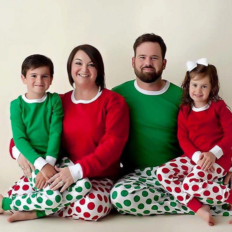Compre Pijama De Lunares Navideños Pijama De Navidad Familiar Con