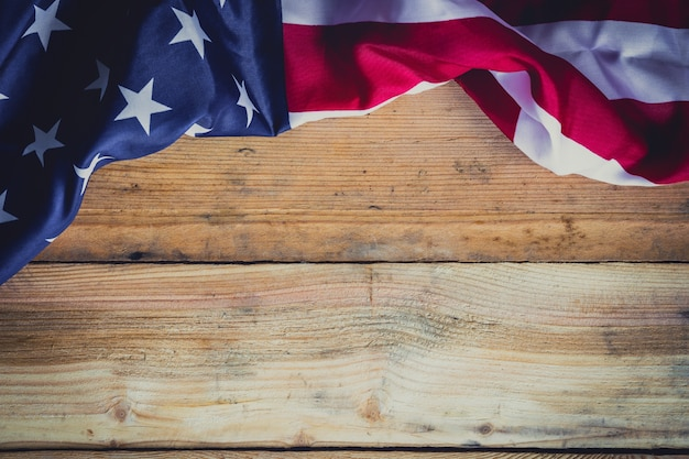 American flag on wooden background with copy space Photo Premium