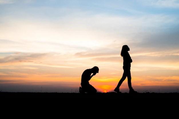 Broken Hearted Girl Wallpaper Girl Love Boyfriend Divorce Background Photo Free Download