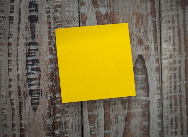 Stuck An Der Wand Yellow Post-it Stuck On A Wall Photo | Free Download