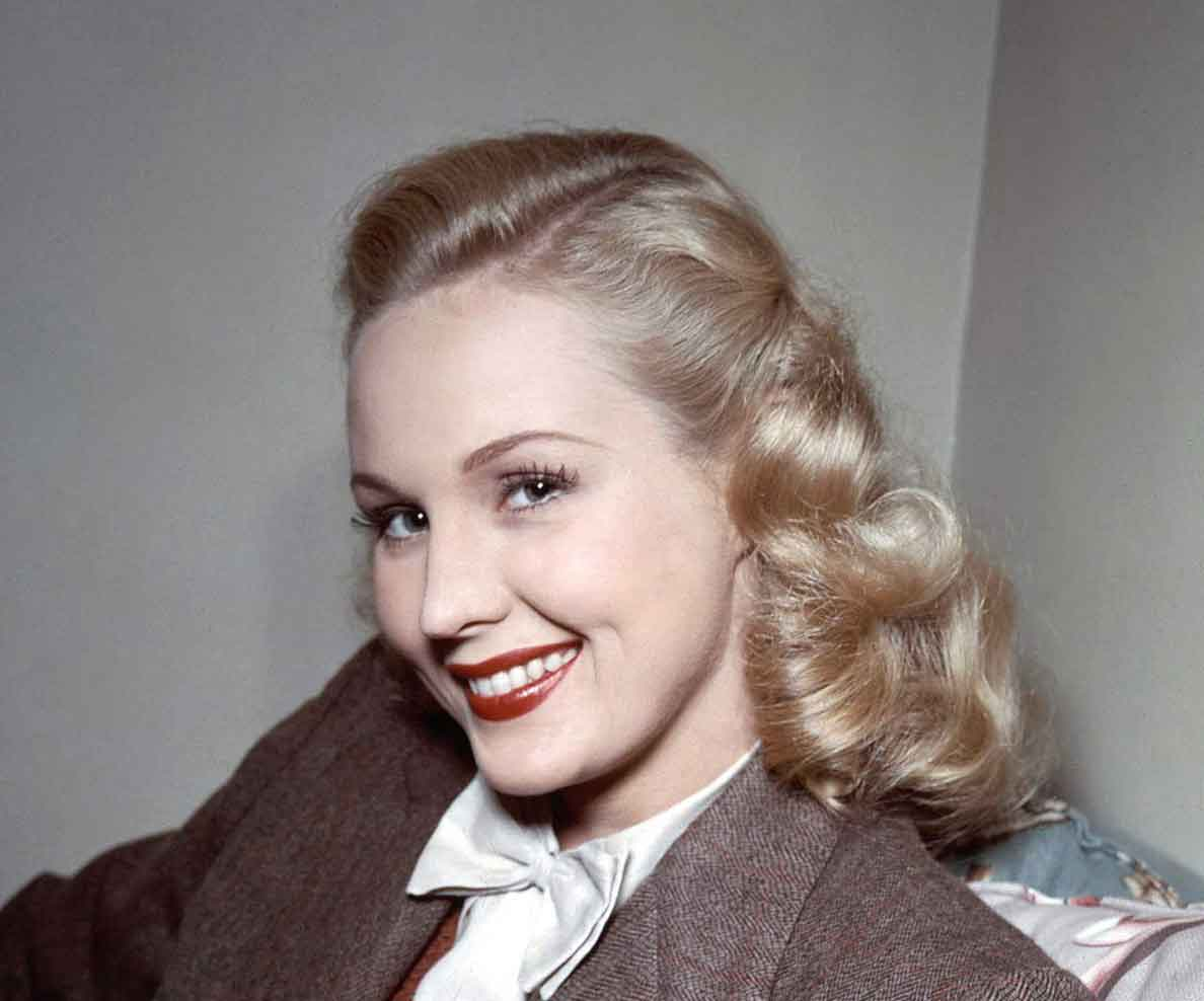 1940s Beauty Makeup From Summer To Autumn Glamour Daze