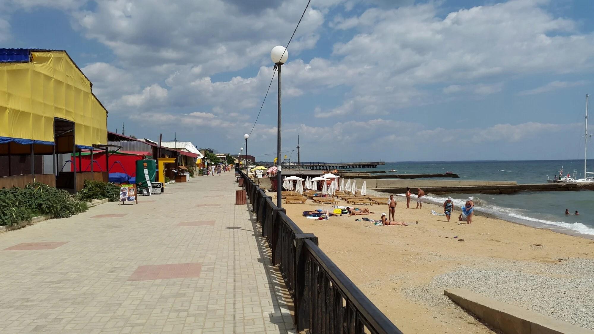 Пляж Кафуз в пгт. Приморский. - Феодосия Приморский район