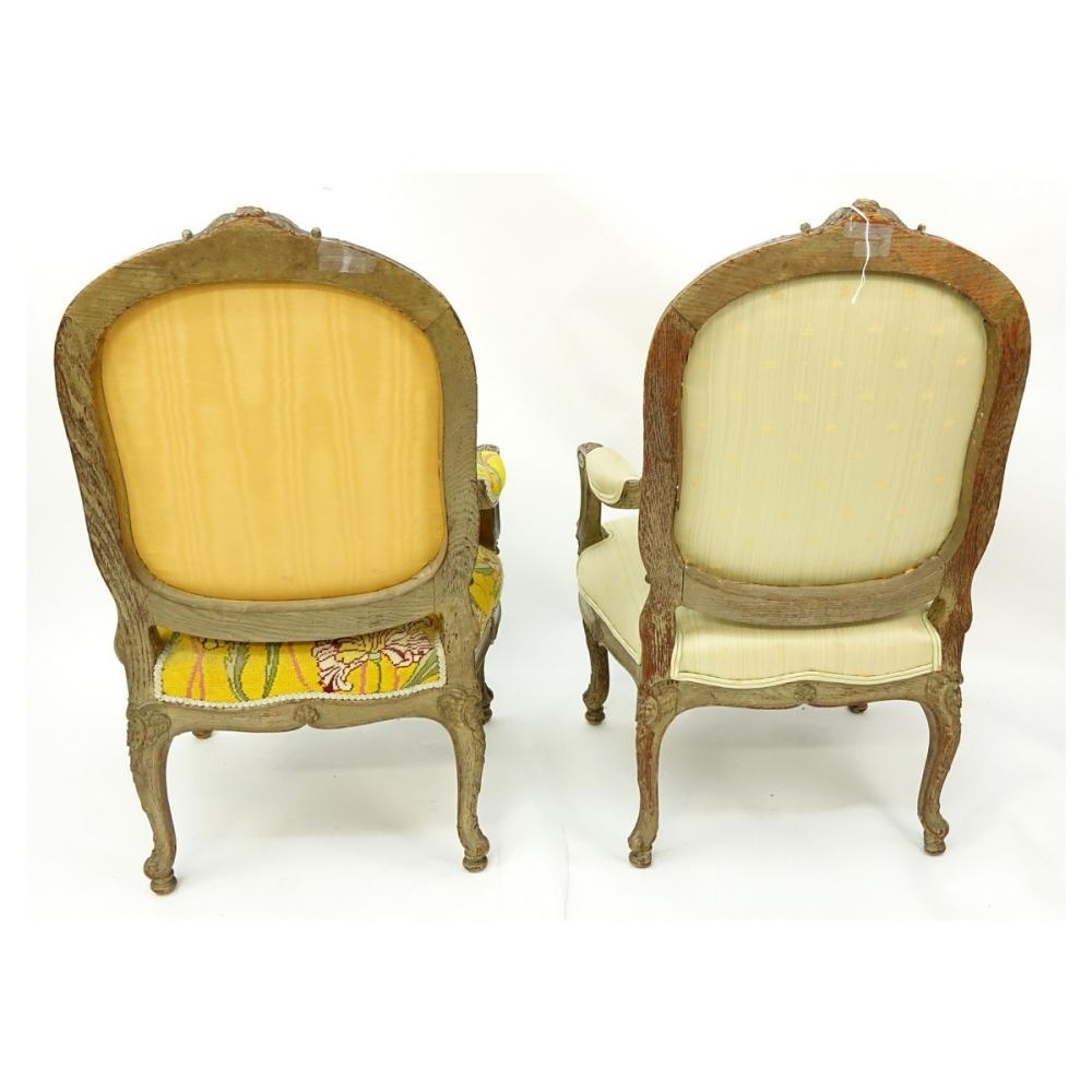 Fauteuils Louis Xv Occasion Pair Of Louis Xv Style French Carved Wood And Upholstered Fa