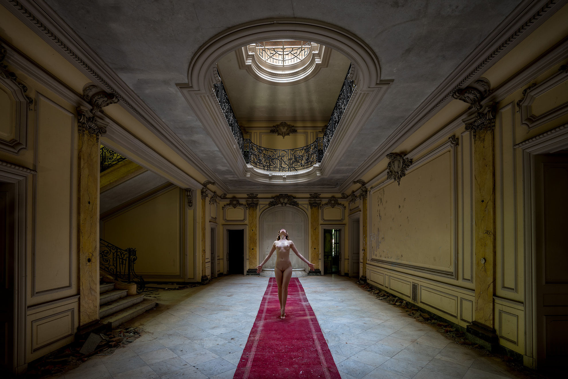Hermes Duisburg Chateau Lumiere - Abandoned Beauty Pictures, Photography