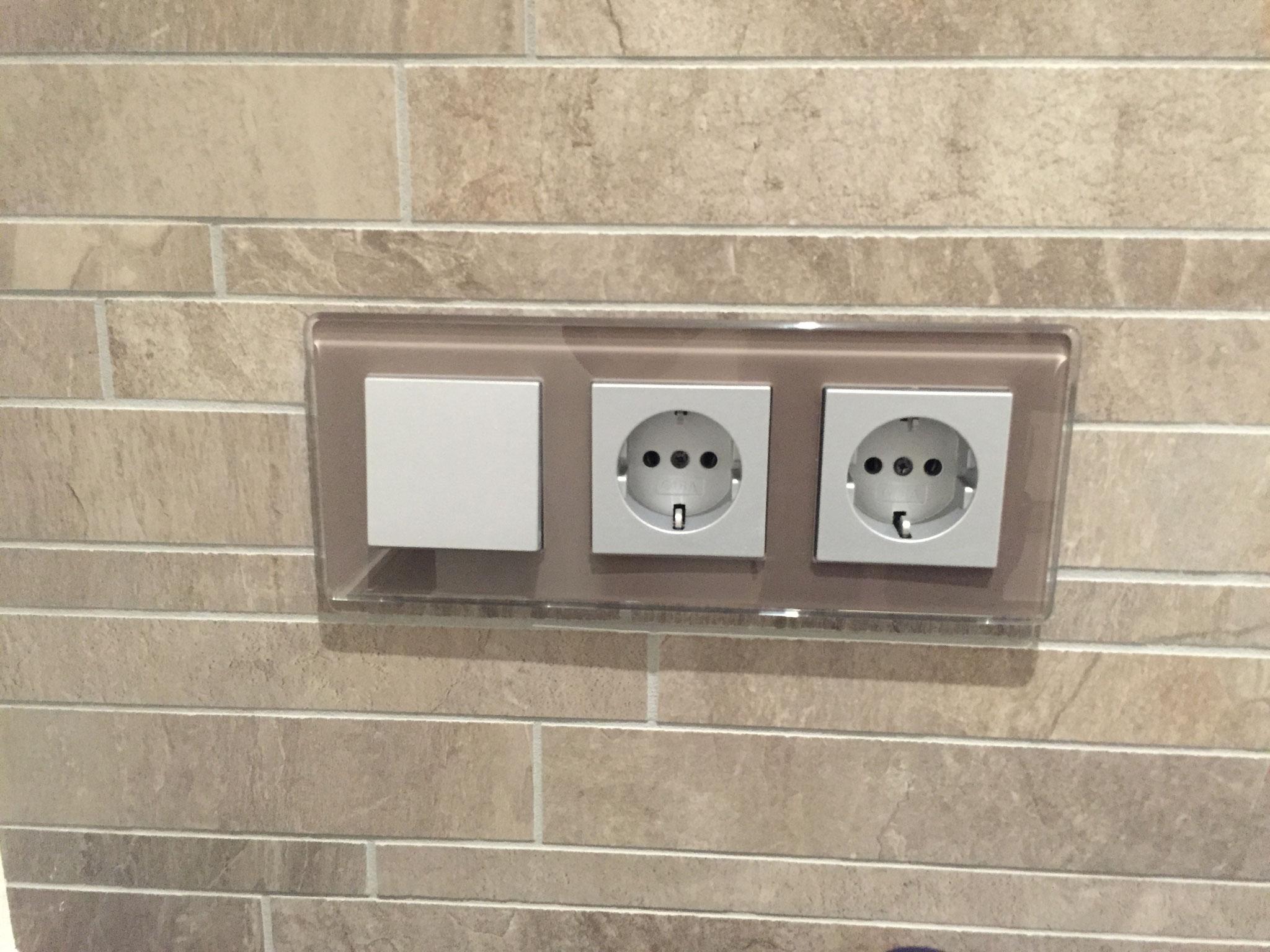 Installation Badezimmer   Ihr Badezimmer Badewannen Duschen Waschbecken