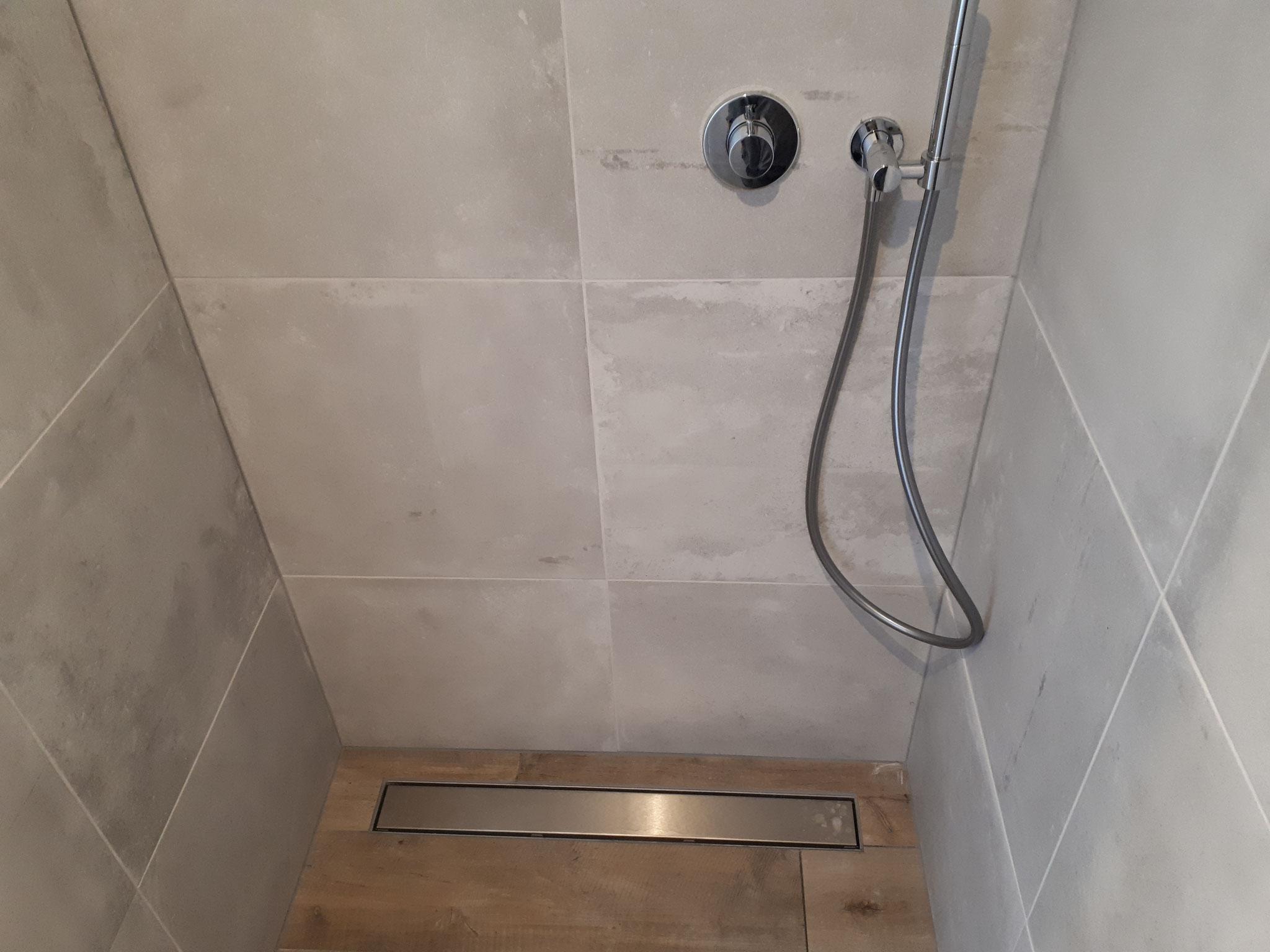 Afzuiging Badkamer Nodig : Elektrische afzuiging badkamer waterkering dorpel
