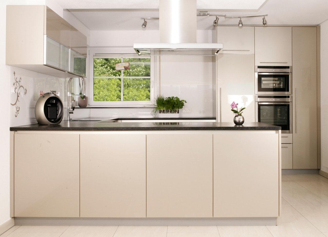 Einbautür Für Außenküchen : Einbautür für außenküchen beefeater bbq gasgrills für die