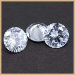Small Crop Of Cubic Zirconia Vs Diamond