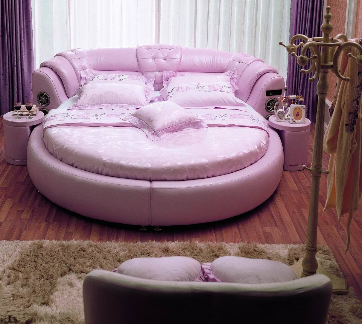Rundes Bett The Bedroom: Round Leather Beds Zinavyopendeza