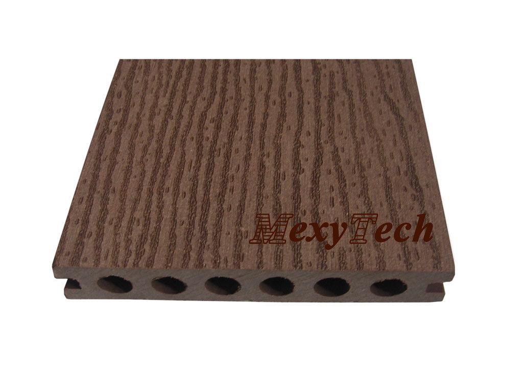 Piastrelle plastica per esterno usate tappeto verde sintetico
