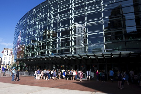 Van Andel Arena eliminating outdoor smoking area - mlive