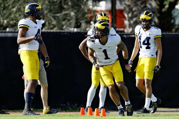 Michigan football has another departure, plus other 2018 roster