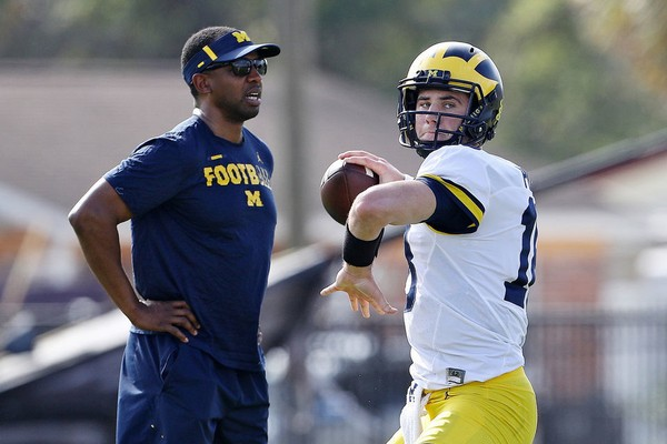 QB depth chart? Michigan assistant Pep Hamilton says there isn\u0027t one