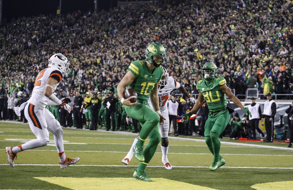 The first Oregon Ducks football depth chart of 2018 is here Who won