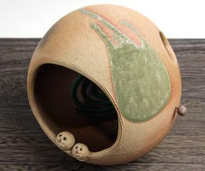 Mauichi Honten Shin Shigaraki Pottery Owl Incense