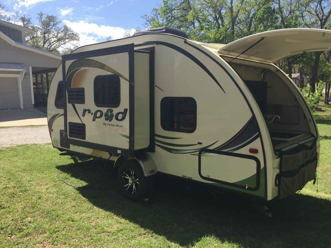 2013 Used Forest River R Pod 182g Travel Trailer In