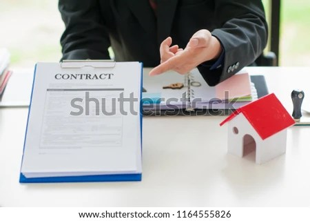 Free photos Closeup of signing contract of house sale Avopix