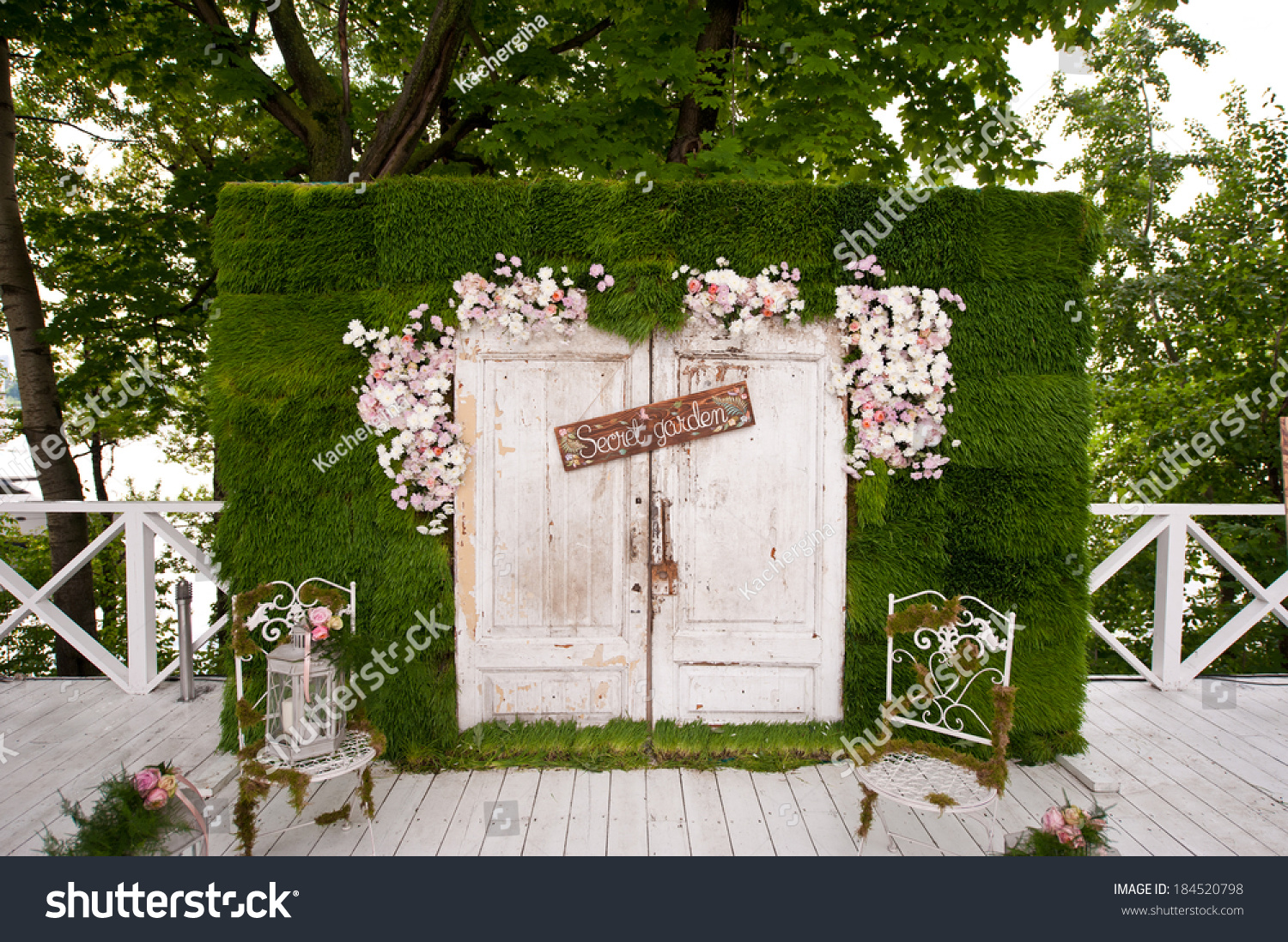 Decor Photobooth Wedding Photo Booth Decoration Stock Photo 184520798 Avopix
