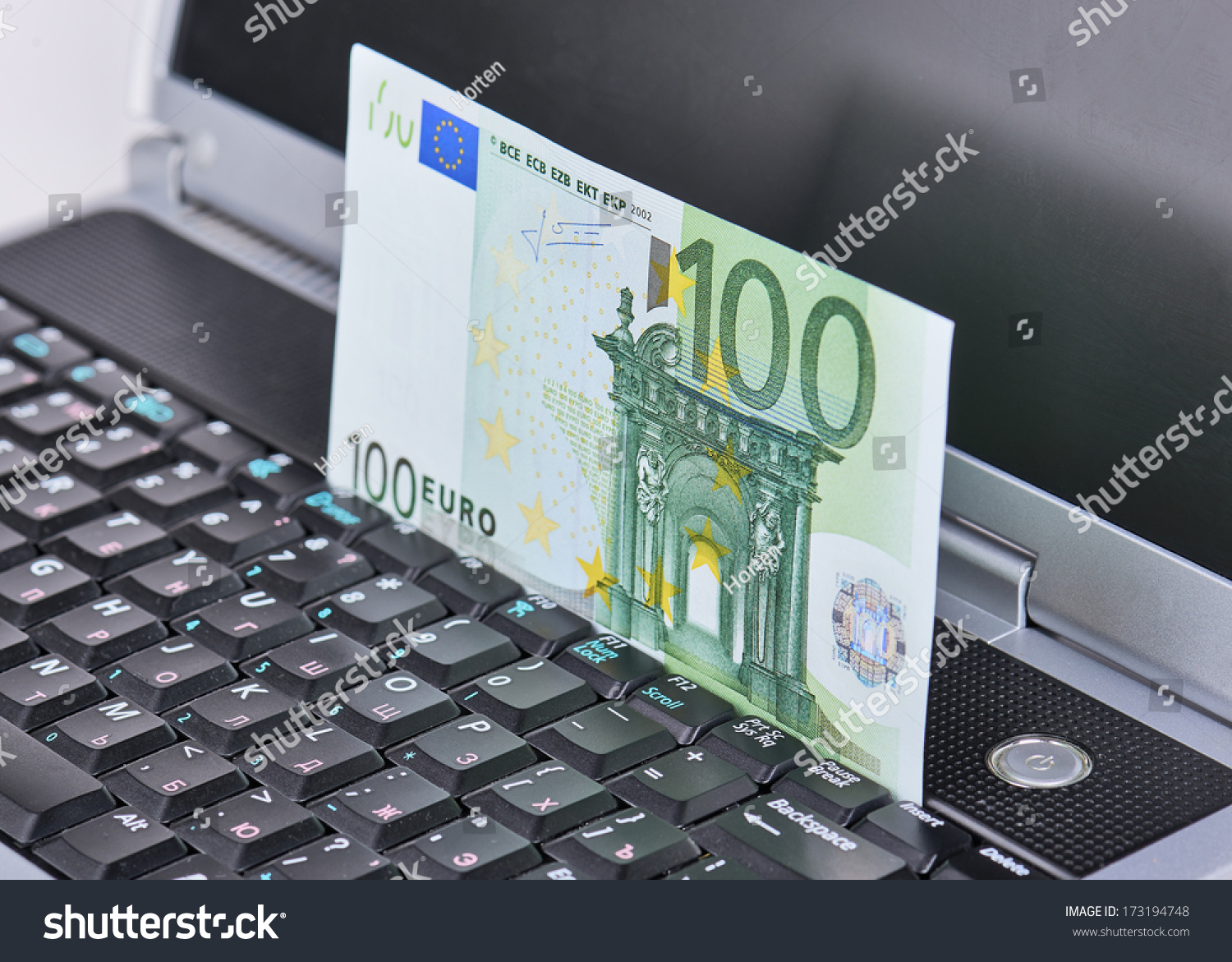 Laptop Orten 100 Euro Banknote Displayed Motion On Stock Photo Edit Now