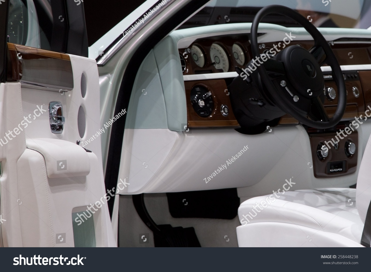 Phantom Serenity 2015 Rolls Royce Phantom Serenity Presented The 85th International