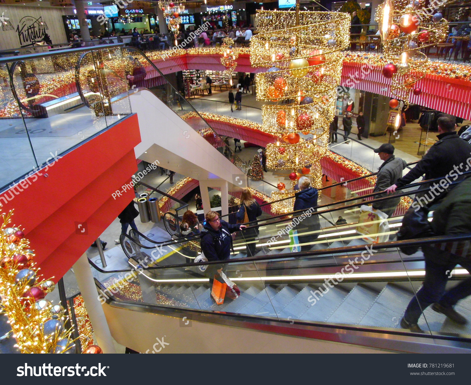 Bielefeld Shopping Bielefeld Nrw Germany 12 15 17 Stock Photo Edit Now 781219681