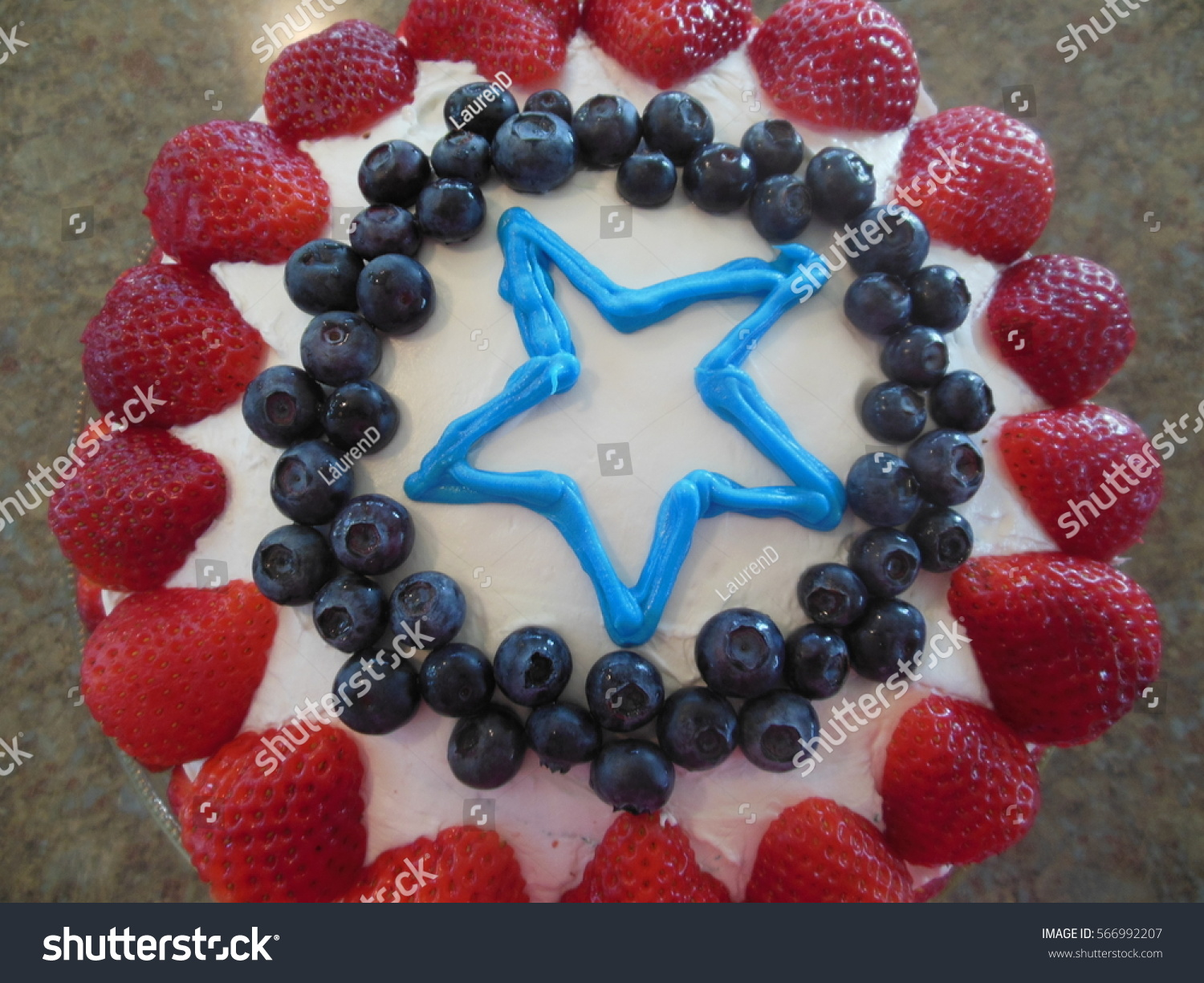 Captain America Kuchen Captain America Birthday Cake Stock Photo Edit Now 566992207