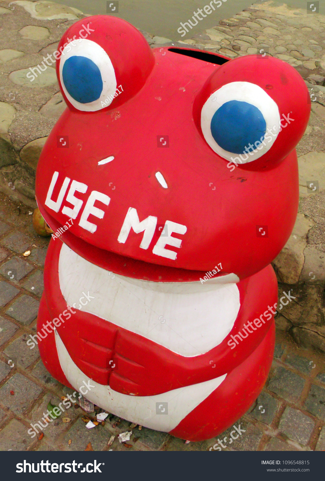 Fun Trash Can Cute Red Trash Bin On Street Stock Photo Edit Now 1096548815