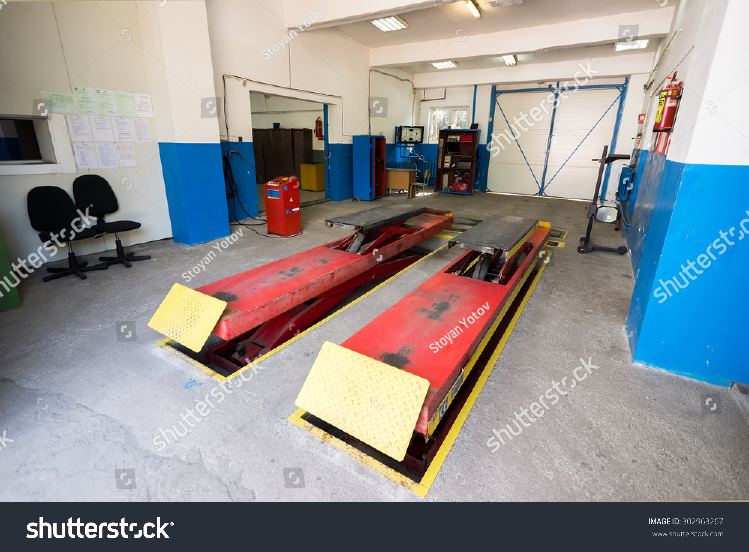 Garage Gym With Car Empty Garage Workshop Car Stand Special Stock Photo Edit Now